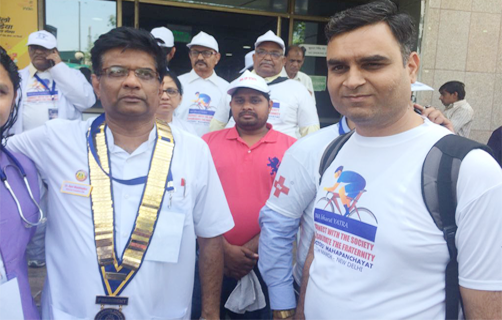 Former IMA National President with AIPCMA President at Doctor's Mahapanchayat held at New Delhi
